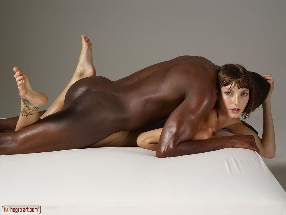 Nude coed lesbians